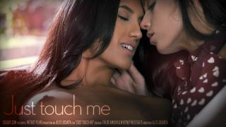 [SexArt] Chloe Amour & Whitney Westgate - Just Touch Me. Эскиз